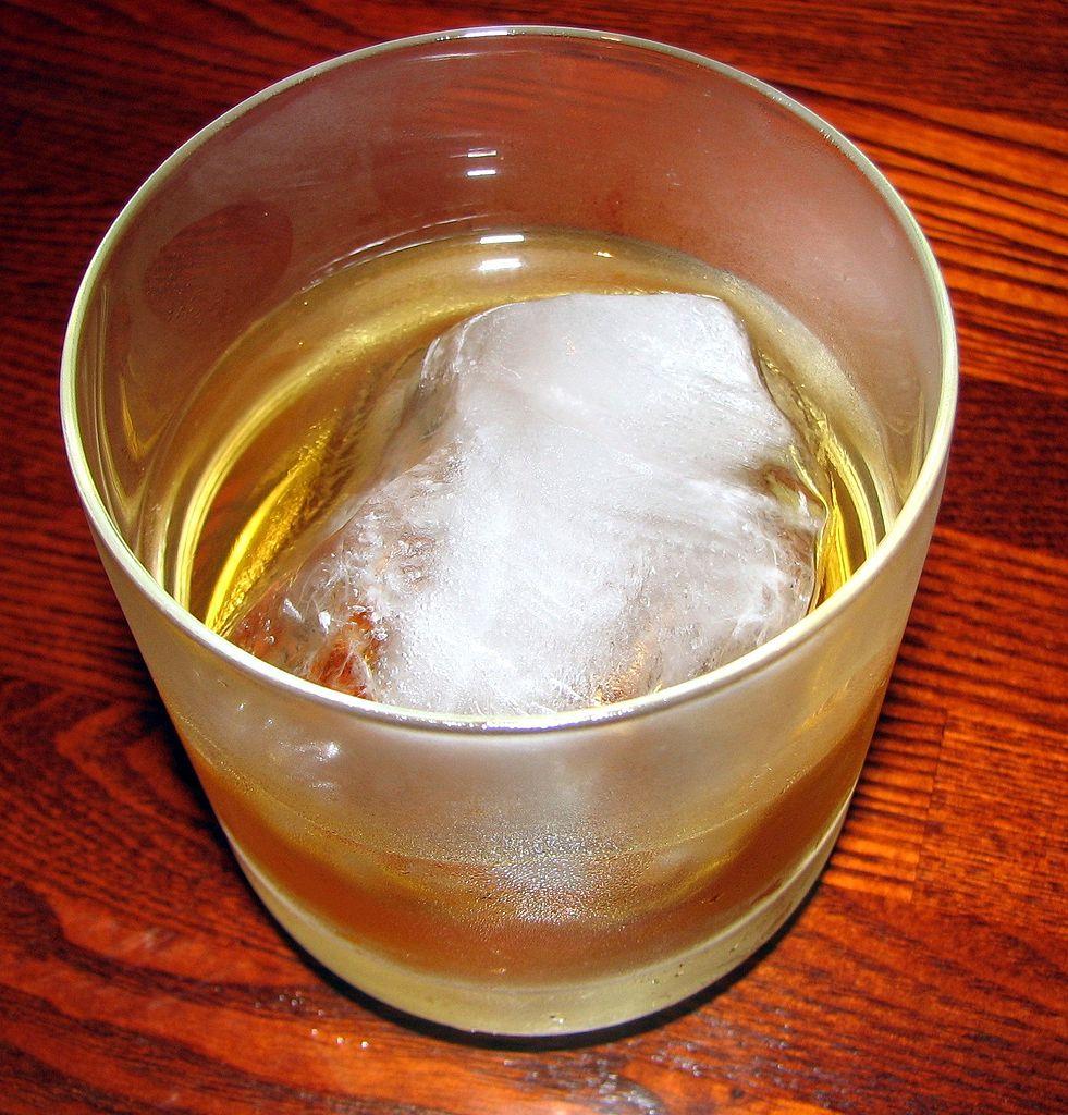 梅酒ロック画像